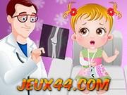 لعبة طبيبة الاطفال الصغار